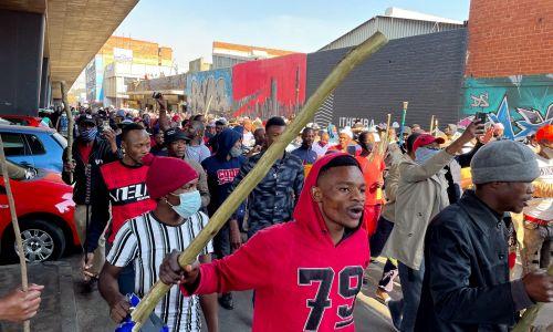 11 lipca tłumy wyległy na ulice Johannesburga. Fot. SIPHIWE SIBEKO/Reuters/Forum