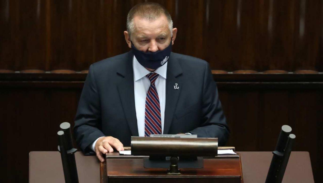 Prezes NIK Marian Banaś w Sejmie (fot. PAP/Tomasz Gzell)