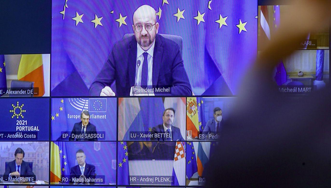 Piątek jest drugim dniem wideoszczytu Rady Europejskiej (fot. PAP/EPA/OLIVIER HOSLET)