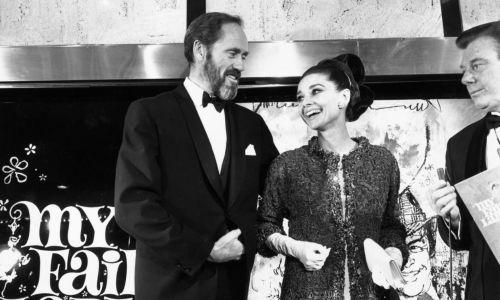 24 października 1964: gwiazda filmowaj Audrey Hepburn i jej mąż Mel Ferrer na premierze filmu