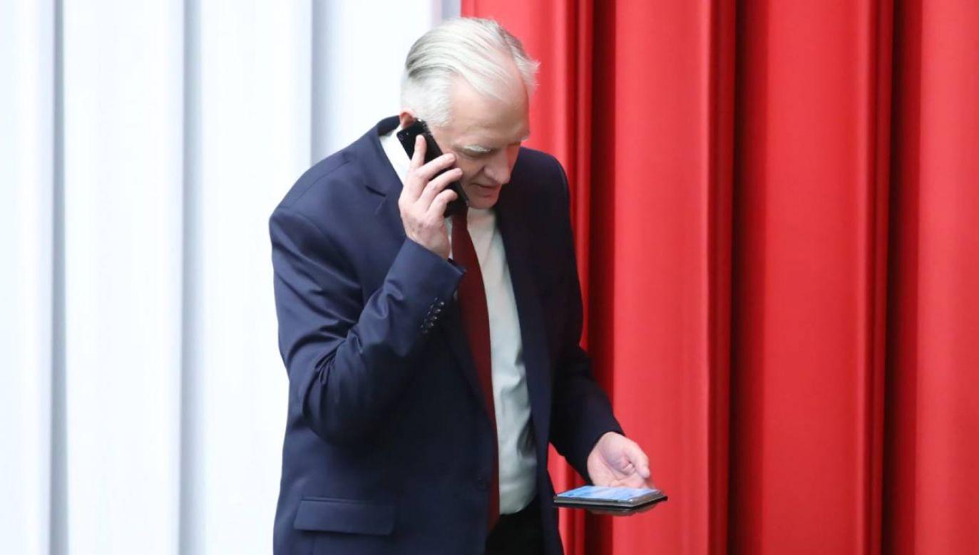 Jarosław Gowin ocenił, że o terminie wyborów można będzie odpowiedzialnie zdecydować tuż przed, albo tuż po świętach  (fot. PAP/Leszek Szymański)