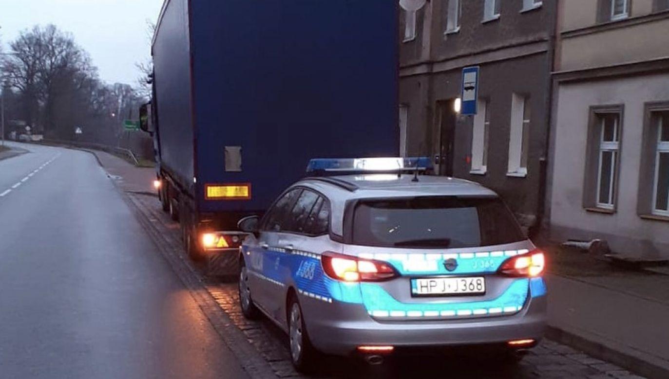 U kierowcy stwierdzono ponad 2 promile alkoholu (fot. Policja opolska)