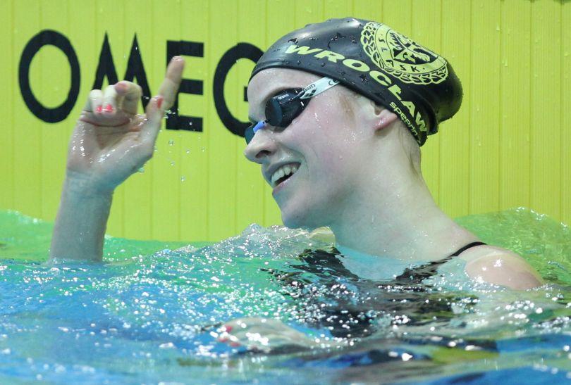 Mistrzyni Polski na 100 m stylem klasycznym - Weronika Paluszek (fot. PAP/Adam Ciereszko)