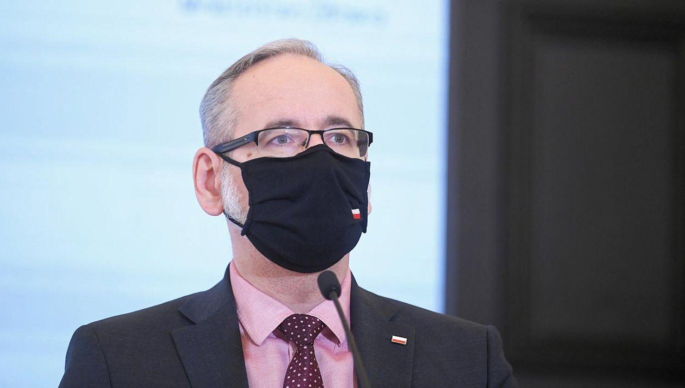 Adam Niedzielski jest ministrem zdrowia w rządzie Mateusza Morawieckiego  (fot. PAP/Marcin Obara)