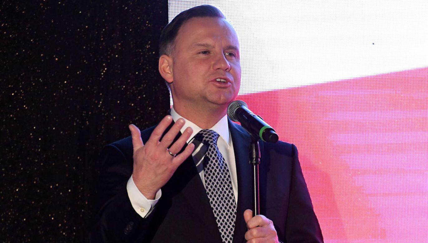 Prezydent podczas gali finałowej I Plebiscytu Polskiego Komitetu Paraolimpijskiego (fot. PAP/Piotr Nowak)