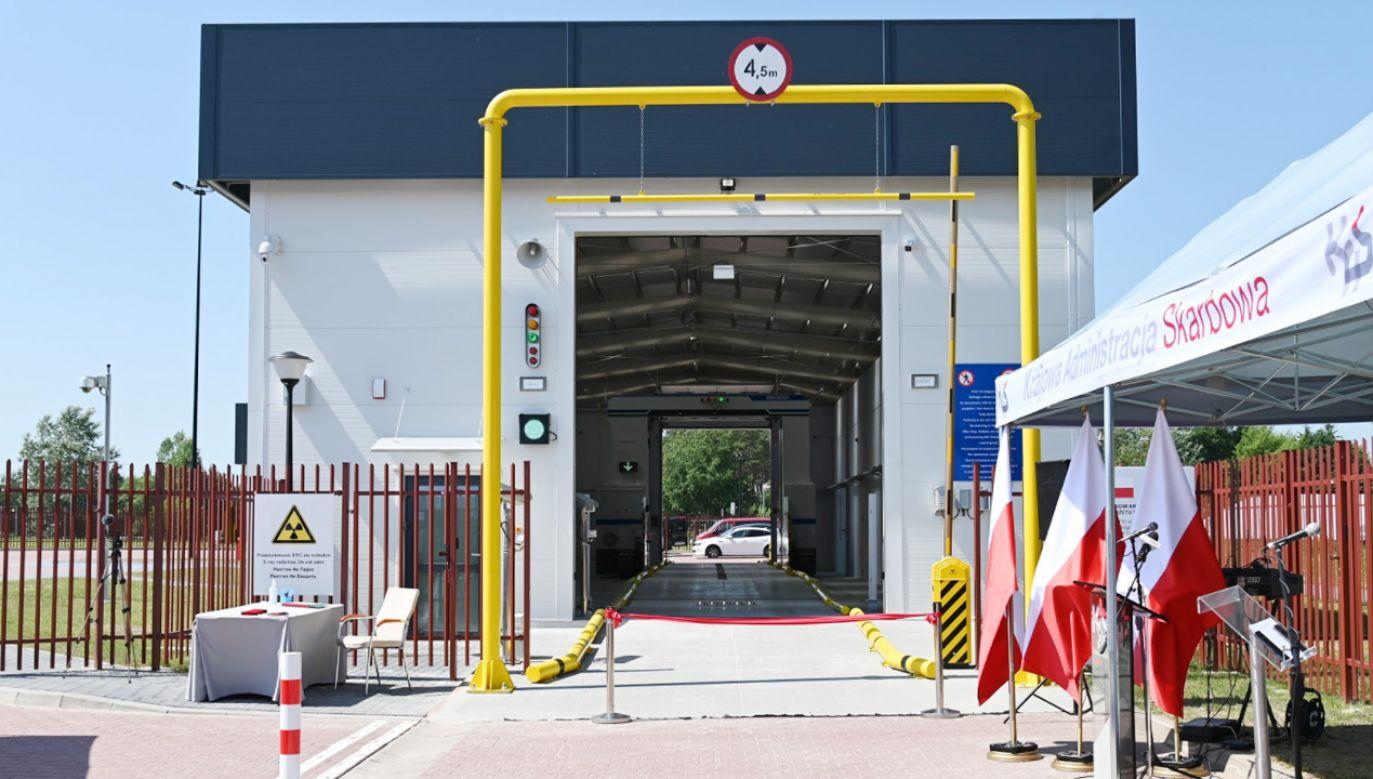 Nowe skanery do prześwietlania pojazdów na przejściach granicznych z Białorusią i Ukrainą (fot.TT/Krajowa Adm.Skarbowa)