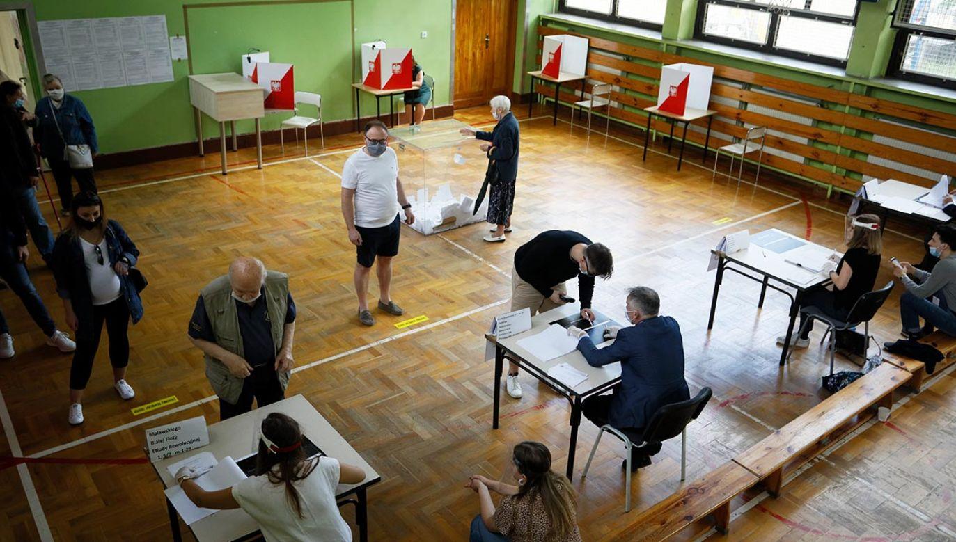 W skali całego kraju prowadzi Andrzej Duda z poparciem 50,4 proc. Polaków (fot. Piotr Malecki/Bloomberg via Getty Images)