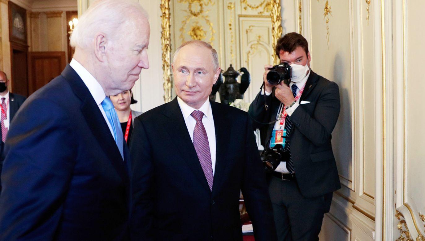 Spotkanie obu prezydentów odbyło sięw Genewie (fot. PAP/EPA/MIKHAIL METZEL/SPUTNIK/KREMLIN POOL)