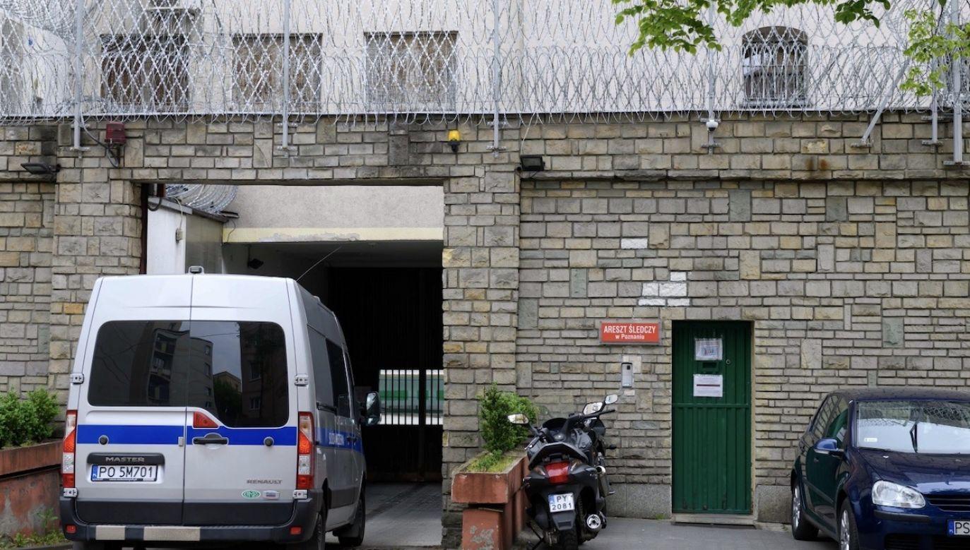 Do zatrzymań doszło na terenie Bydgoszczy, Gdańska i Warszawy (fot. PAP/Jakub Kaczmarczyk, zdjęcie ilustracyjne)