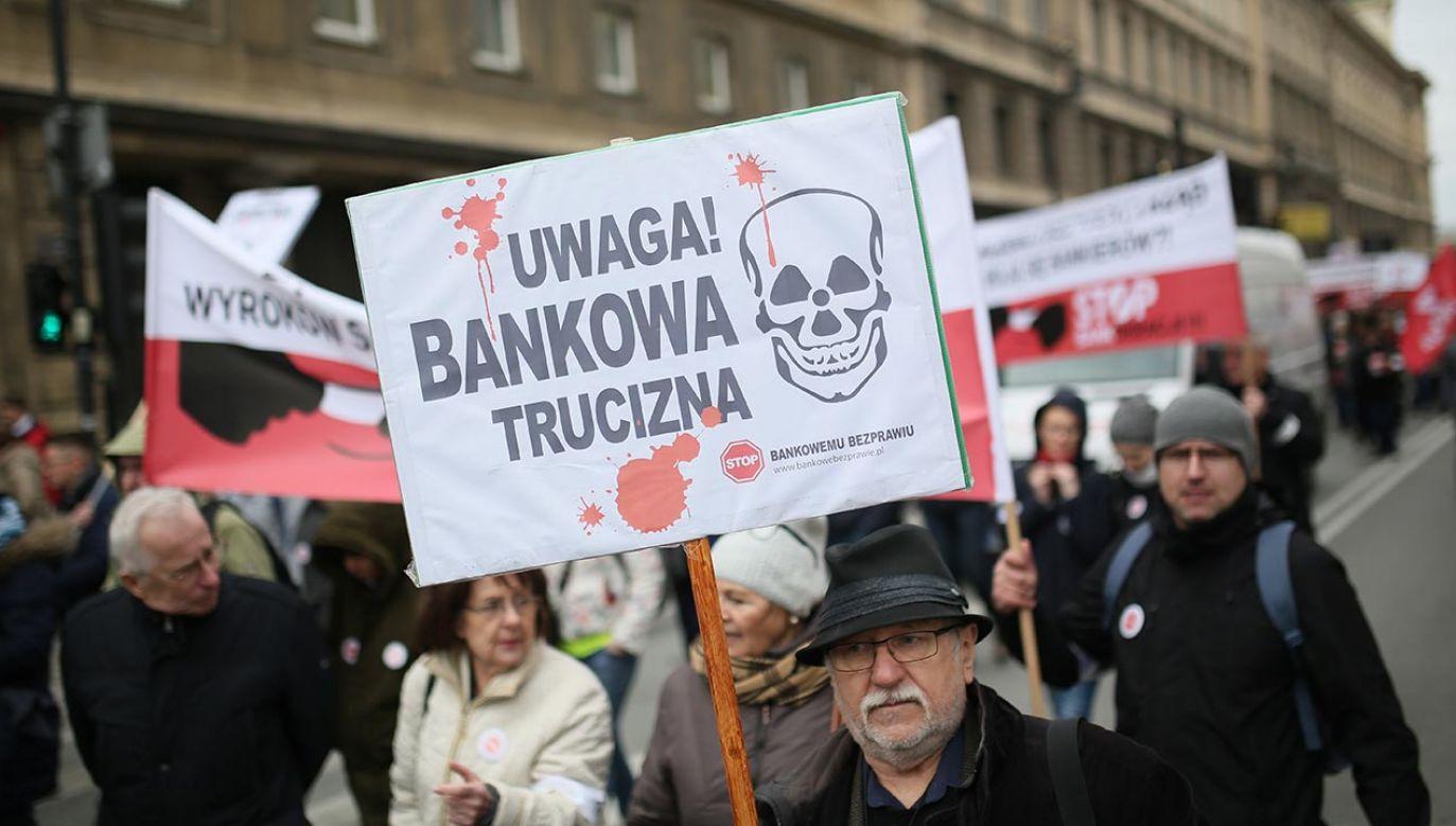 Banki wysłały pismo do prezesa NBP (fot. PAP/Leszek Szymański)