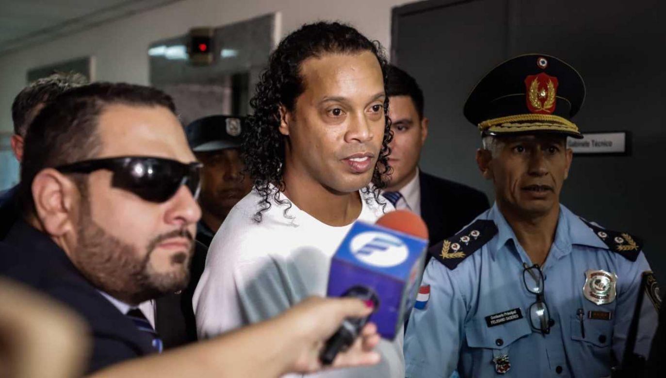 Były brazylijski piłkarz spędził w areszcie 40. urodziny (fot. arch.PAP/EPA/NATHALIA AGUILAR)