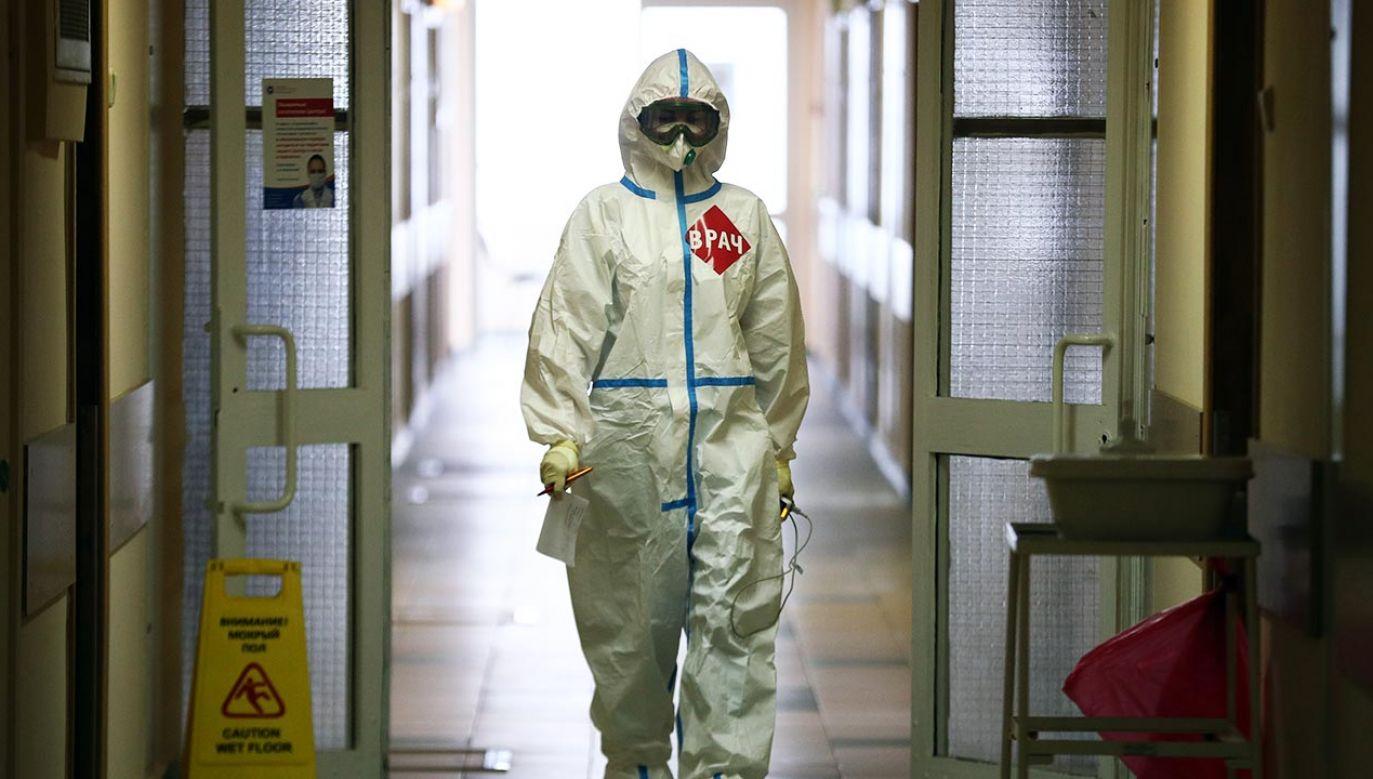 Zakażenia koronawirusem nasiliły się na początku czerwca (fot. Mikhail Tereshchenko\TASS via Getty Images)