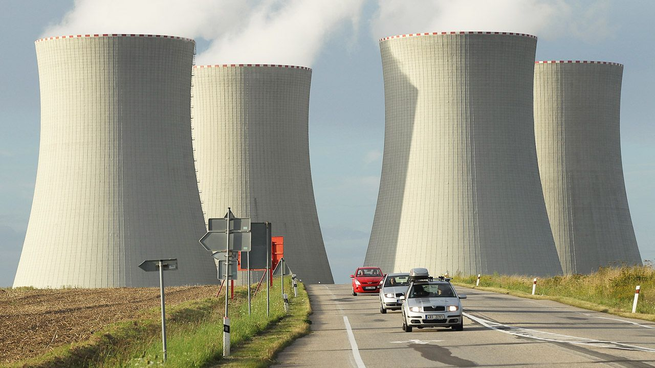 Pierwszy z reaktorów nuklearnych zacznie funkcjonować w 2029 r. (fot. Sean Gallup/Getty Images)