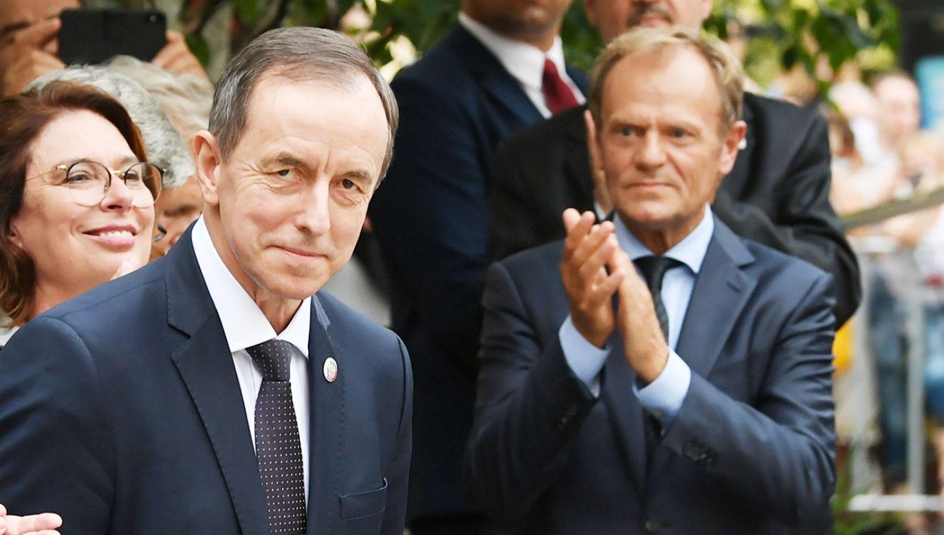 Tomasz Grodzki (L) i Donald Tusk (P) (fot. PAP/Adam Warżawa)