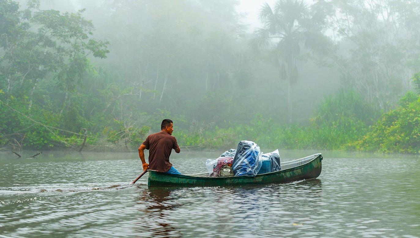 Pandemia dociera do najbardziej odległych wiosek (fot. Shutterstock/SL-Photography)