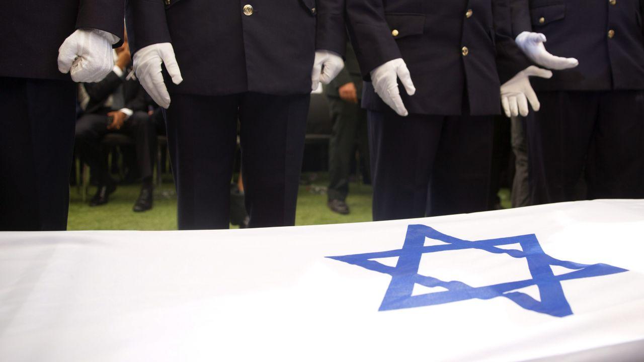 Świat pożegnał byłego prezydenta (fot.PAP/EPA/RONEN ZVULUN / POOL)