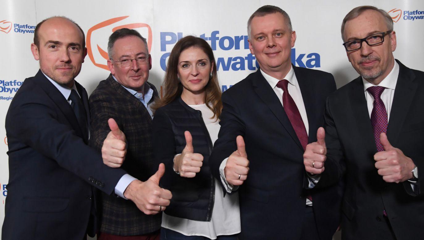 Kandydaci na przewodniczącego POj: Borys Budka (L), Tomasz Siemoniak (2P), Bartłomiej Sienkiewicz (2L) i Bogdan Zdrojewski (P); Joanna Mucha zrezygnowała z kandydowania (fot. PAP/Jacek Bednarczyk)