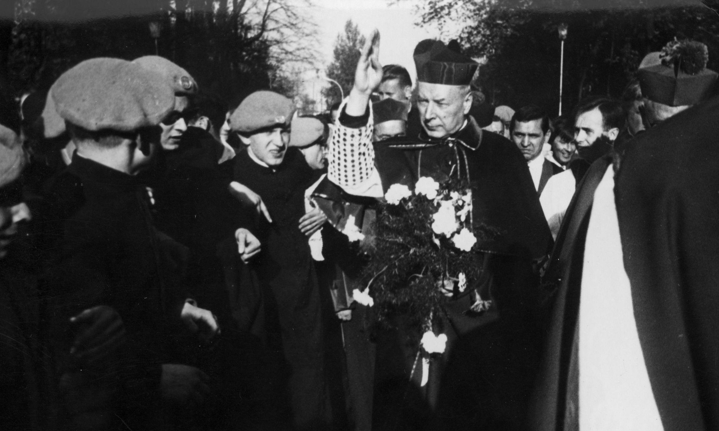 Spirutus movens obchodów milenijnych, kardynał Stefan Wyszyński na Jasna Górę przybył 2 maja. Fot. NAC