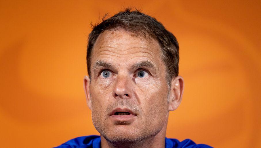 Frank De Boer nie jest tej samej klasy fachowcem co jego poprzednik (fot. Getty Images)