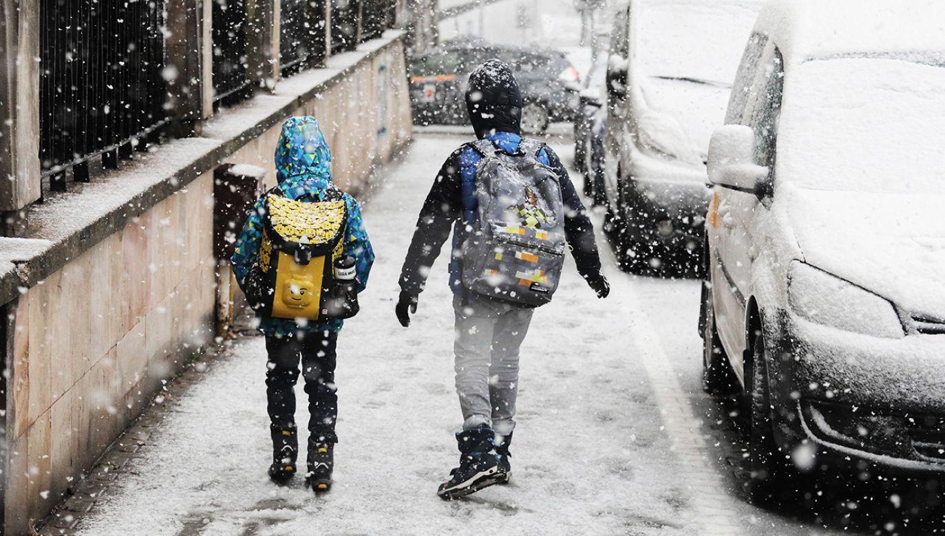 Synoptycy zapowiadają duże opady śniegu m.in. w Tatrach (fot. PAP/Paweł Supernak)