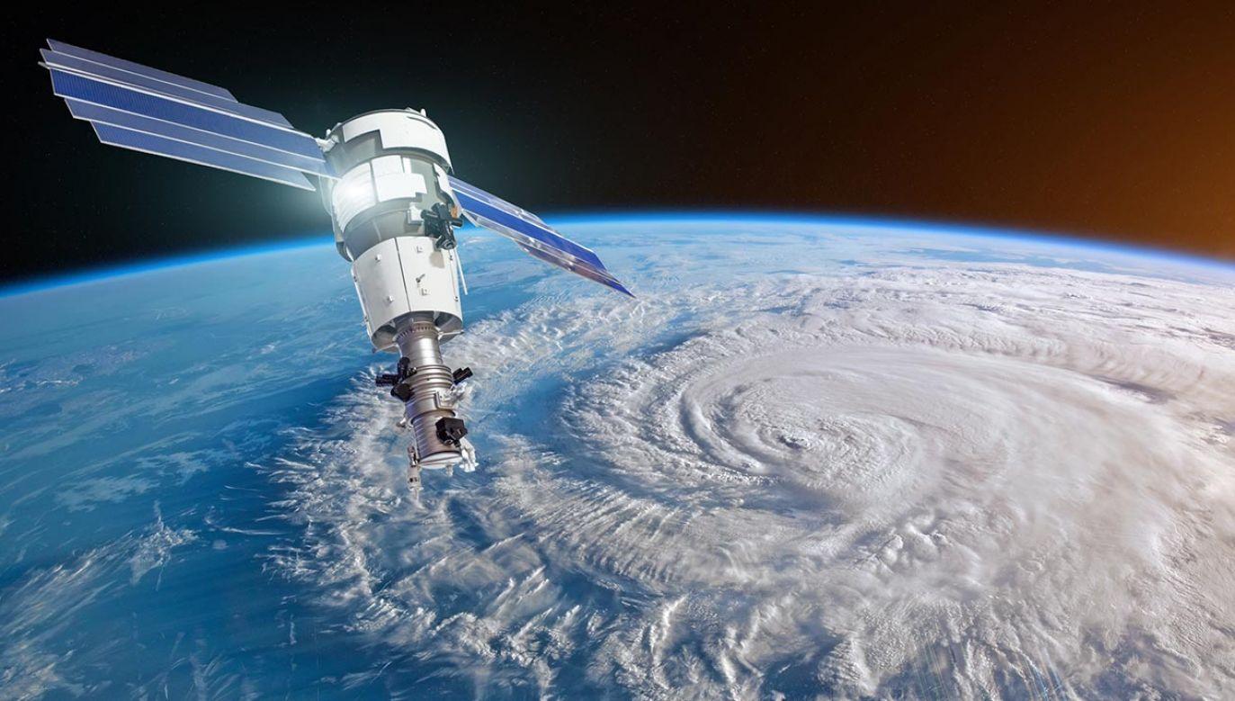 Rynek kosmiczny na świecie rozwija się bardzo dynamicznie, a technologie tanieją i stają się coraz bardziej dostępne (fot. SHutterstock/aapsky)
