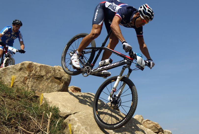 Julien Absalon zdobywał złote medale w Atenach i w Pekinie (fot. Getty Images)