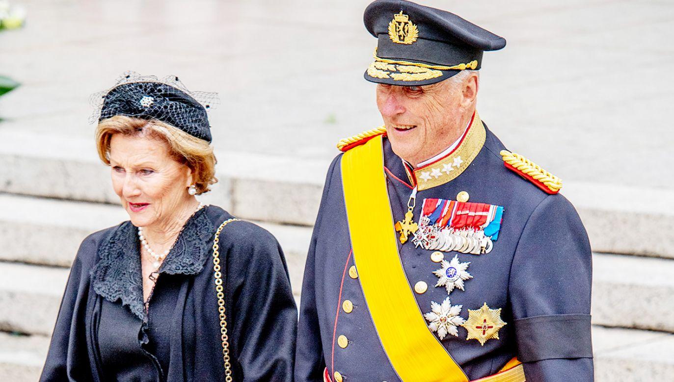 Król Norwegii Harald V i królowa Sonja (fot. Patrick van Katwijk/WireImage)