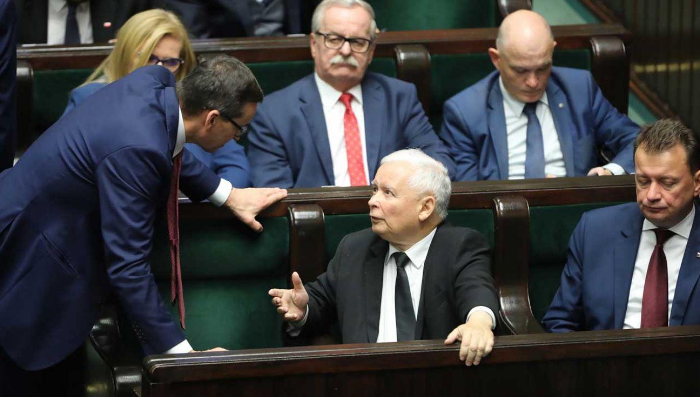 W środę wieczorem ustalono wstępne warunków porozumienia między PiS a Solidarną Polską (fot. PAP/Wojciech Olkuśnik)