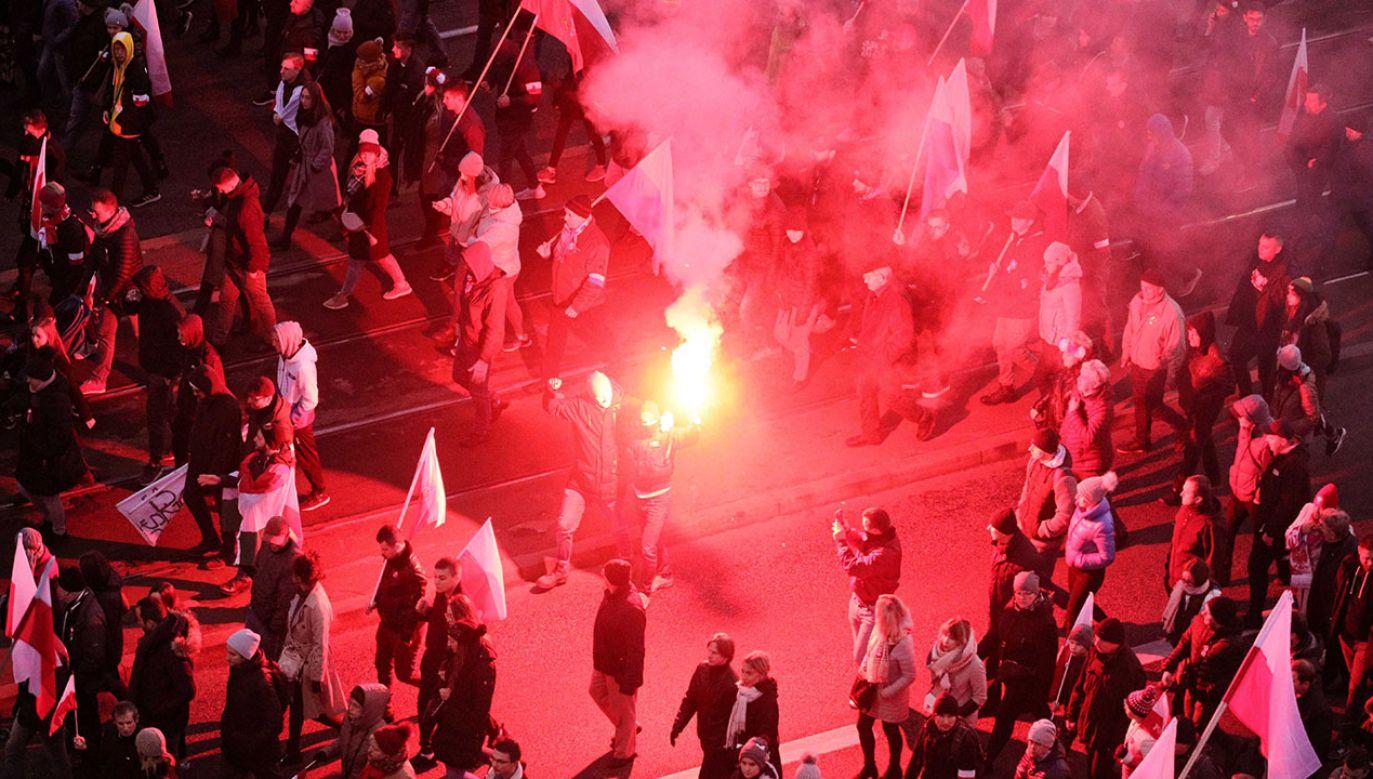 Tegoroczny Marsz Niepodległości był najbezpieczniejszy od 10 lat, czyli od początku swojego istnienia – przekazała stołeczna policja (fot. PAP/Paweł Supernak)