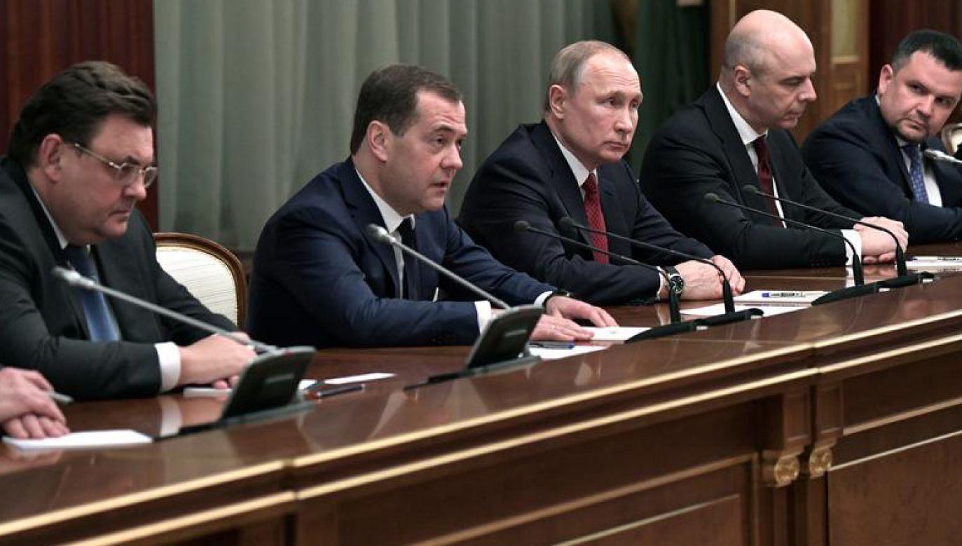 """Zdaniem jednego z opozycjonistów """"po śmierci przywódcy tron będzie przejmowany wyłącznie siłą"""" (fot. Sputnik/Alexey Nikolsky/Kremlin via REUTERS)"""