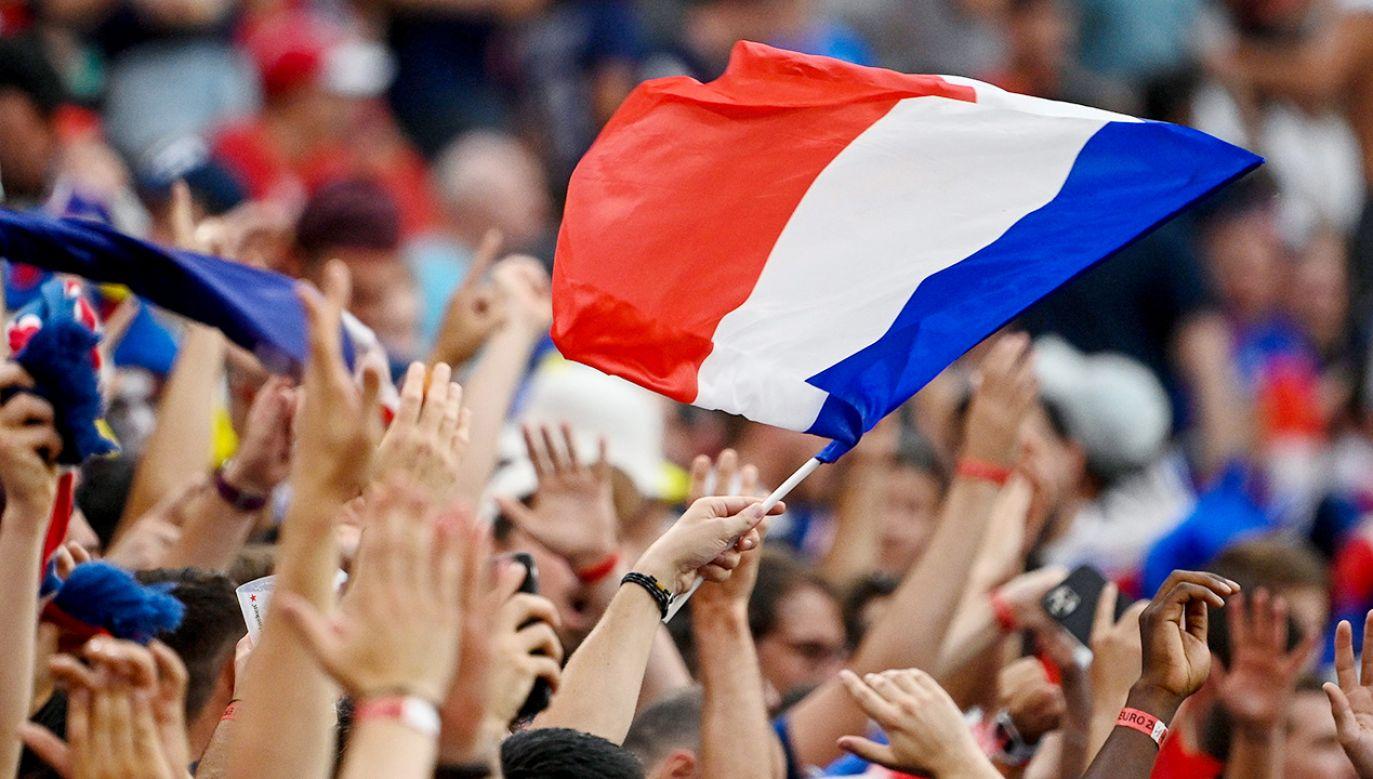 Grupie Francuzów nie było dane wspierać swojej drużyny narodowej z trybun (fot. PAP/EPA/Zsolt Szigetvary)