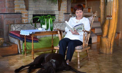 Akiko Miwa w salonie swego domu. Fot. Grzegorz Gaj