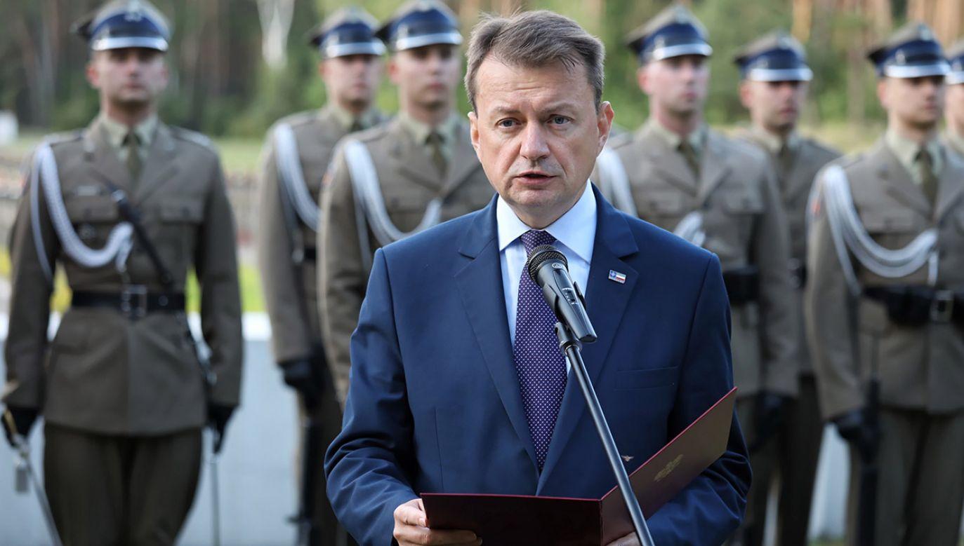 Szef MON Mariusz Błaszczak (fot. PAP/Tomasz Gzell)