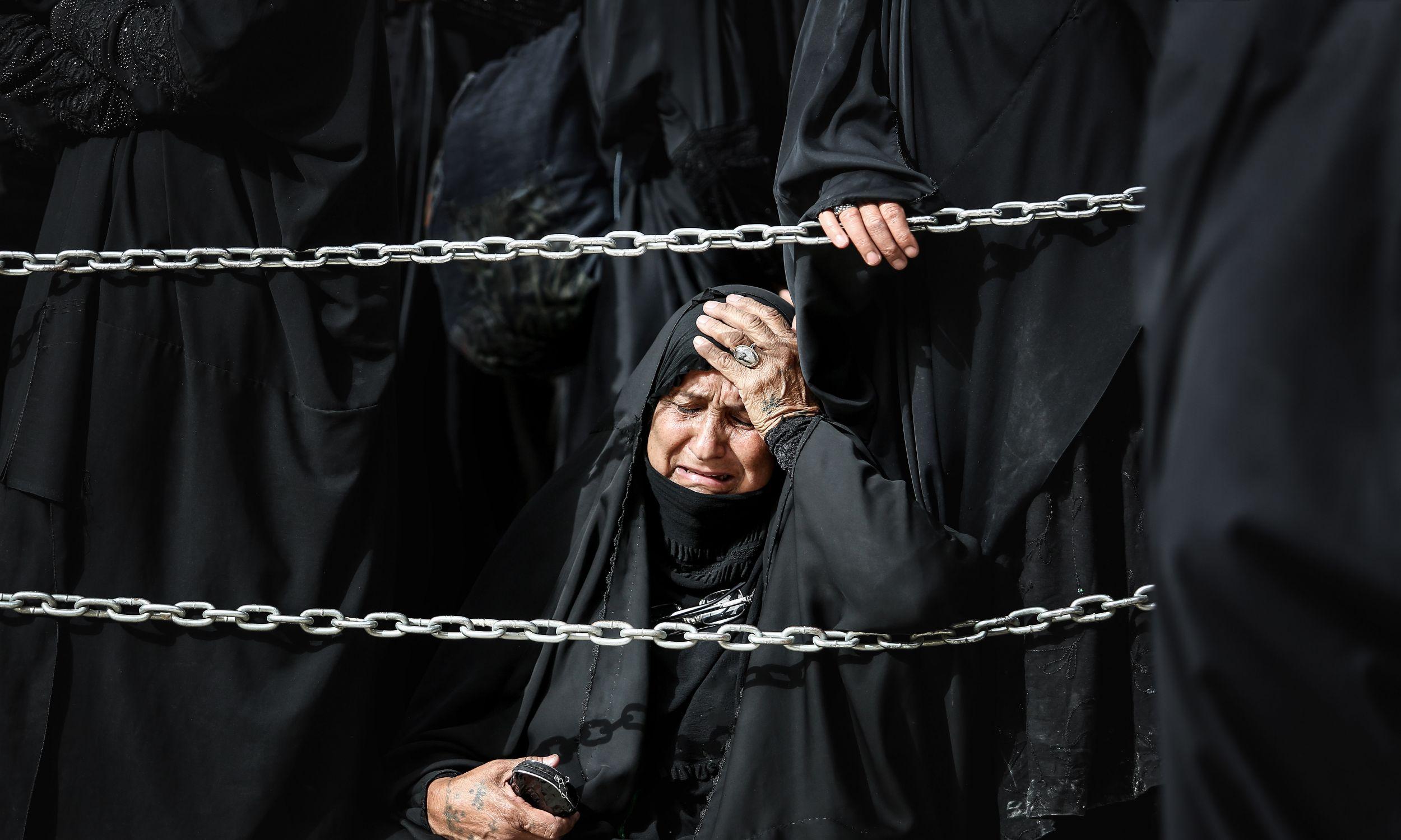 Szyici pielgrzymują do Karbali, gdzie w 680 roku zginął imam Husajn. Fot. Sayed Baqer AlKamel/NurPhoto via Getty Images