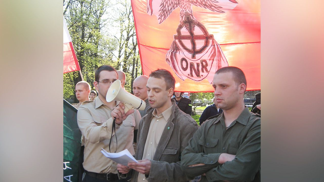 Tomasz Greniuch podczas manifestacji ONR w Krakowie, kwiecień 2007 r. (fot. Z archiwum autora)