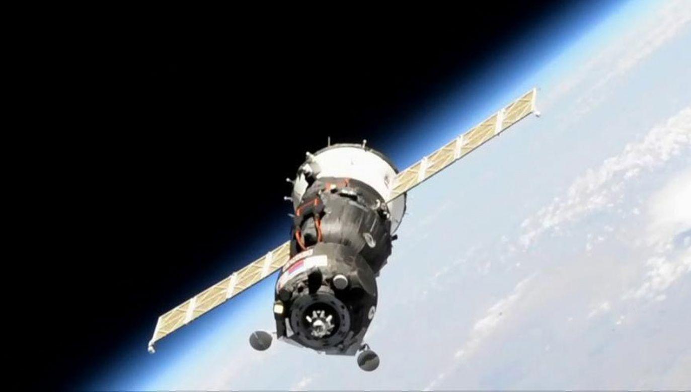 Do kolejnej próby przycumowania Sojuza MS-14 do ISS  dojdzie we wtorek rano (fot. PAP/EPA/NASA TV HANDOUT)