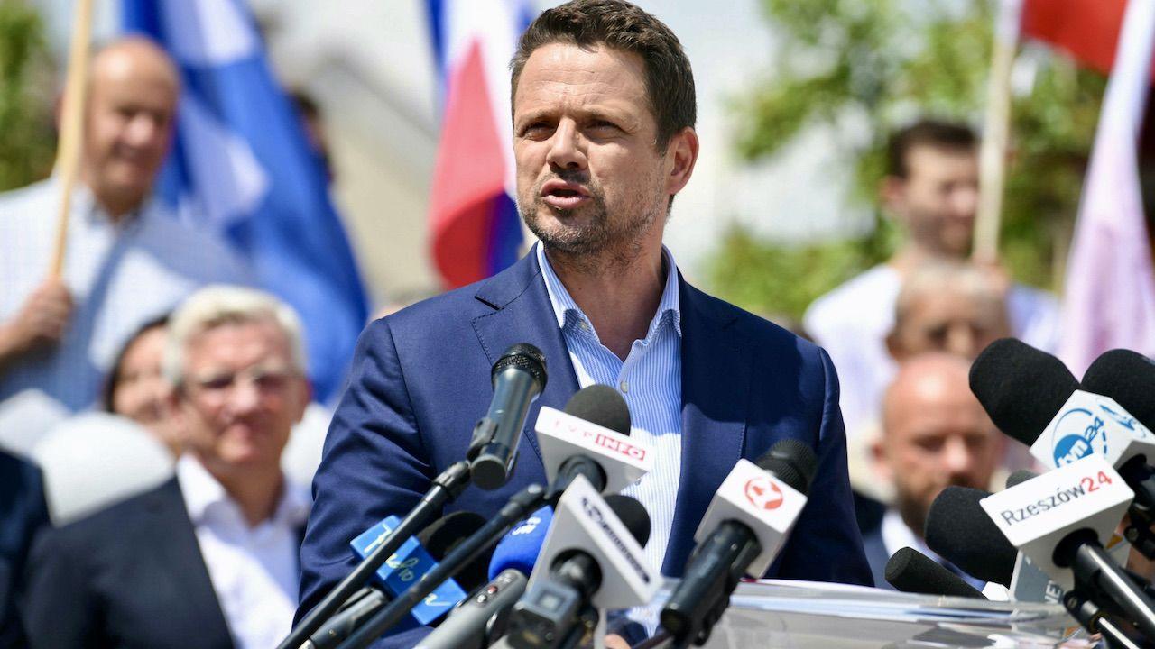 Nieobecności prezydenta Rafała Trzaskowskiego nie wliczająsię do urlopu (fot. PAP/D.Delmanowicz)