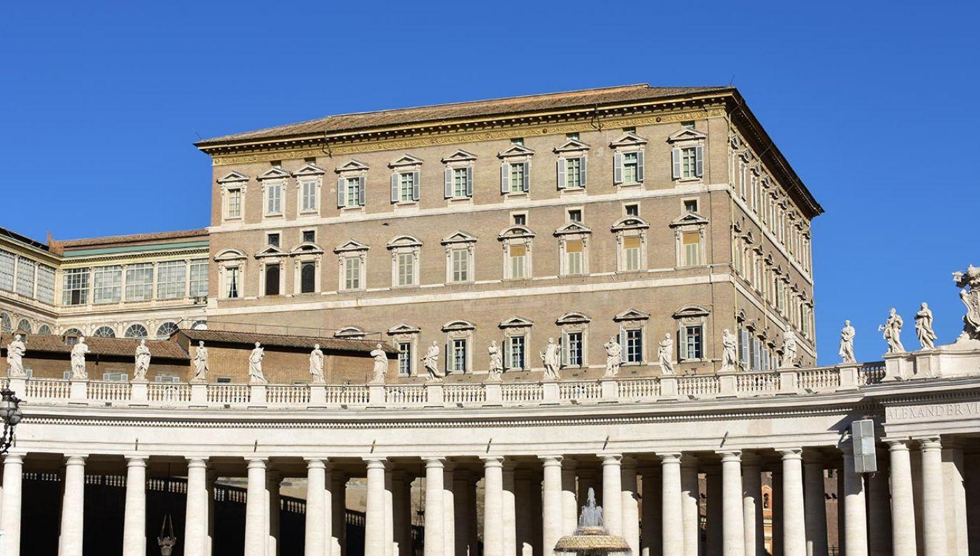 Kolejne szkody w Pałacu Apostolskim (fot. Shutterstock/jmbf)