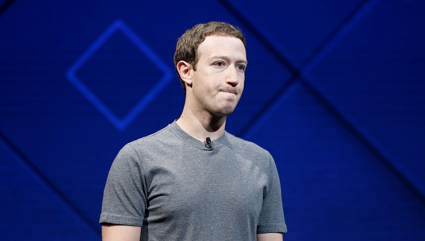 Szef Facebooka Mark Zuckerberg spotkał się z amerykańskimi senatorami (fot. REUTERS/Stephen Lam)