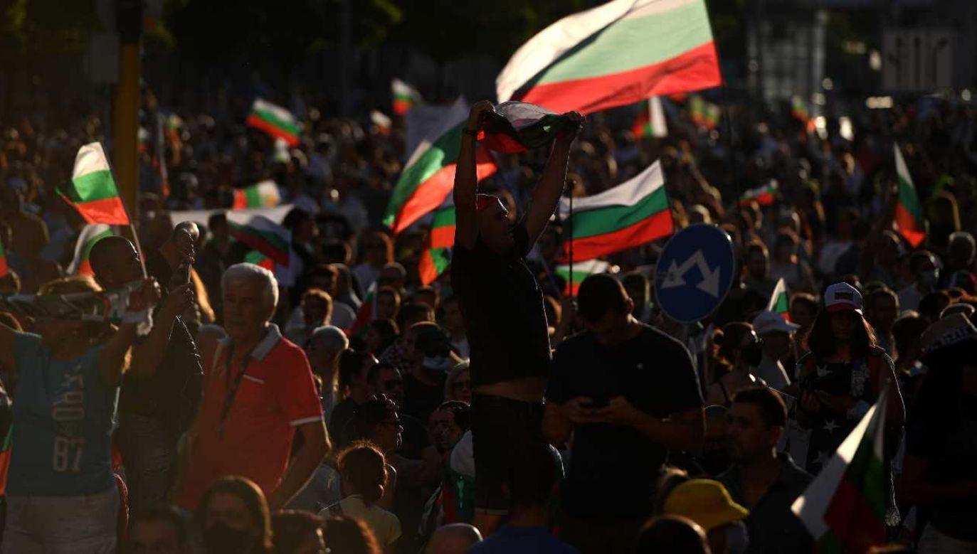 Bułgarzy domagają się odejścia premiera (fot. PAP/EPA/VASSIL DONEV)
