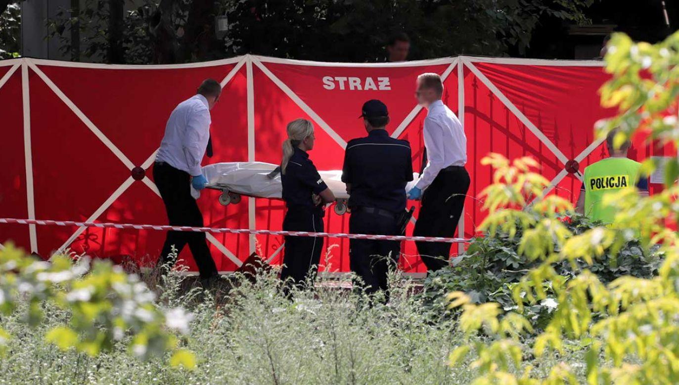Według nieoficjalnych informacji miało tam dojść do strzelaniny (fot. PAP/Jakub Kamiński)