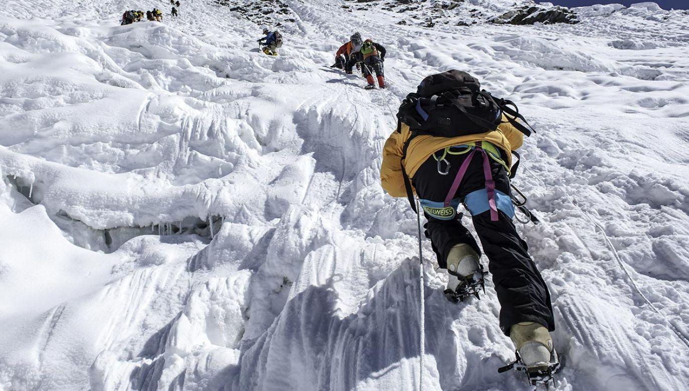K2 (8611 m) w Karakorum jest ostatnim ośmiotysięcznikiem, na którym stanął zimą człowiek (fot. Shutterstock/SIHASAKPRACHUM)