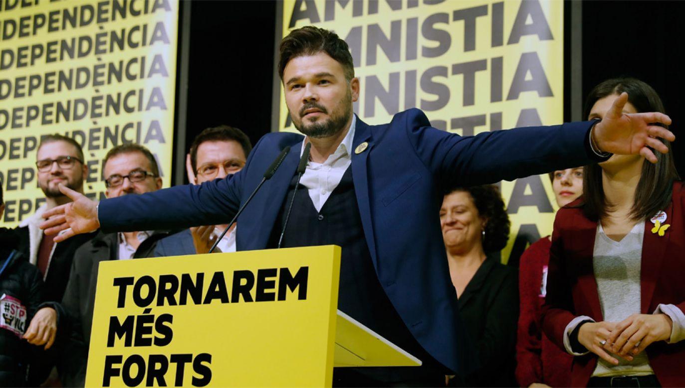 Republikańska Lewica Katalonii (ERC) zdobyła 13 mandatów (fot. PAP/EPA/TONI ALBIR)