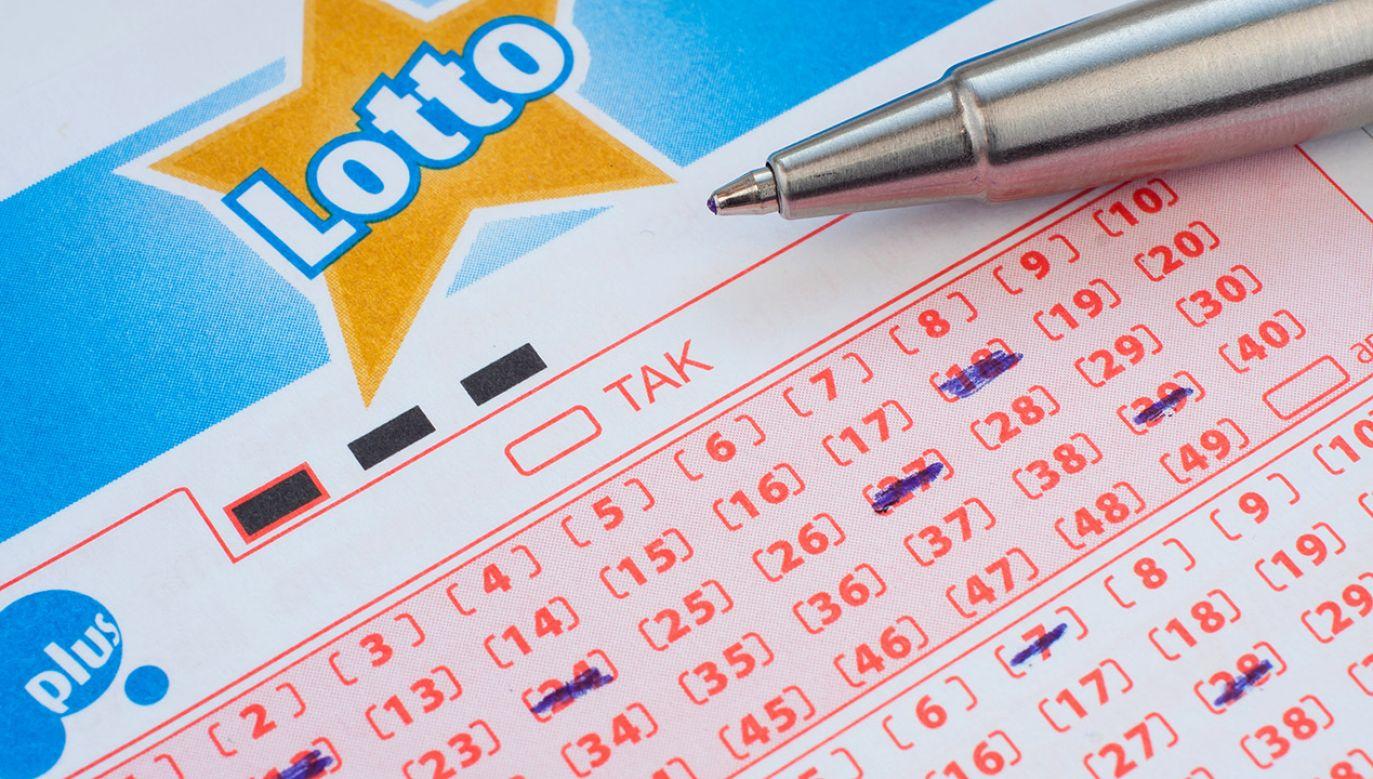 Wyniki losowania Lotto w sobotę 23 października (fot. Shutterstock)