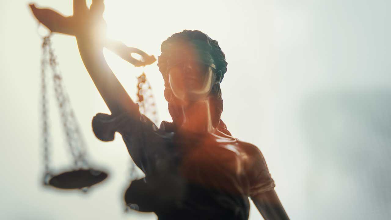 Bielski sąd nie zgadza się na ekstradycję byłego rosyjskiego bankowca (fot. Shutterstock/Alexander Kirch)