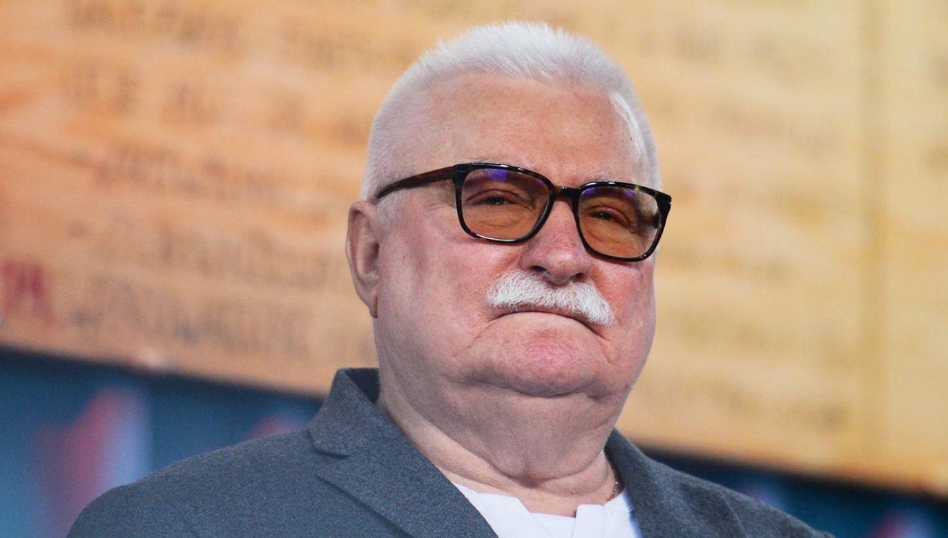 Lech Wałęsa groził używając tych samych słów, co Grzegorz Braun (fot.  Artur Widak/NurPhoto via Getty Images)