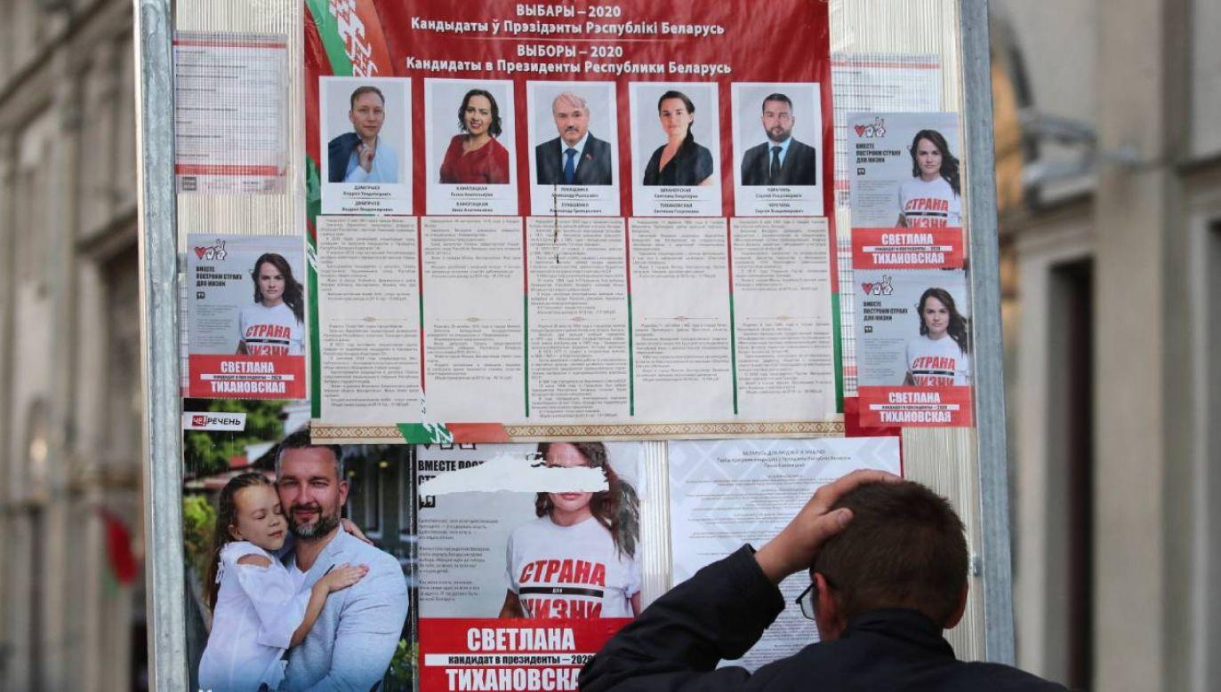 W prezydenckich wyborach startuje pięcioro kandydatów  (fot. PAP/EPA/TATYANA ZENKOVICH)