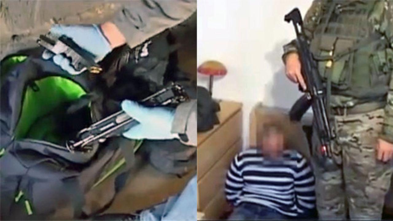 Zatrzymani odpowiedzą za handel narkotykami i bronią (fot. policja.pl)