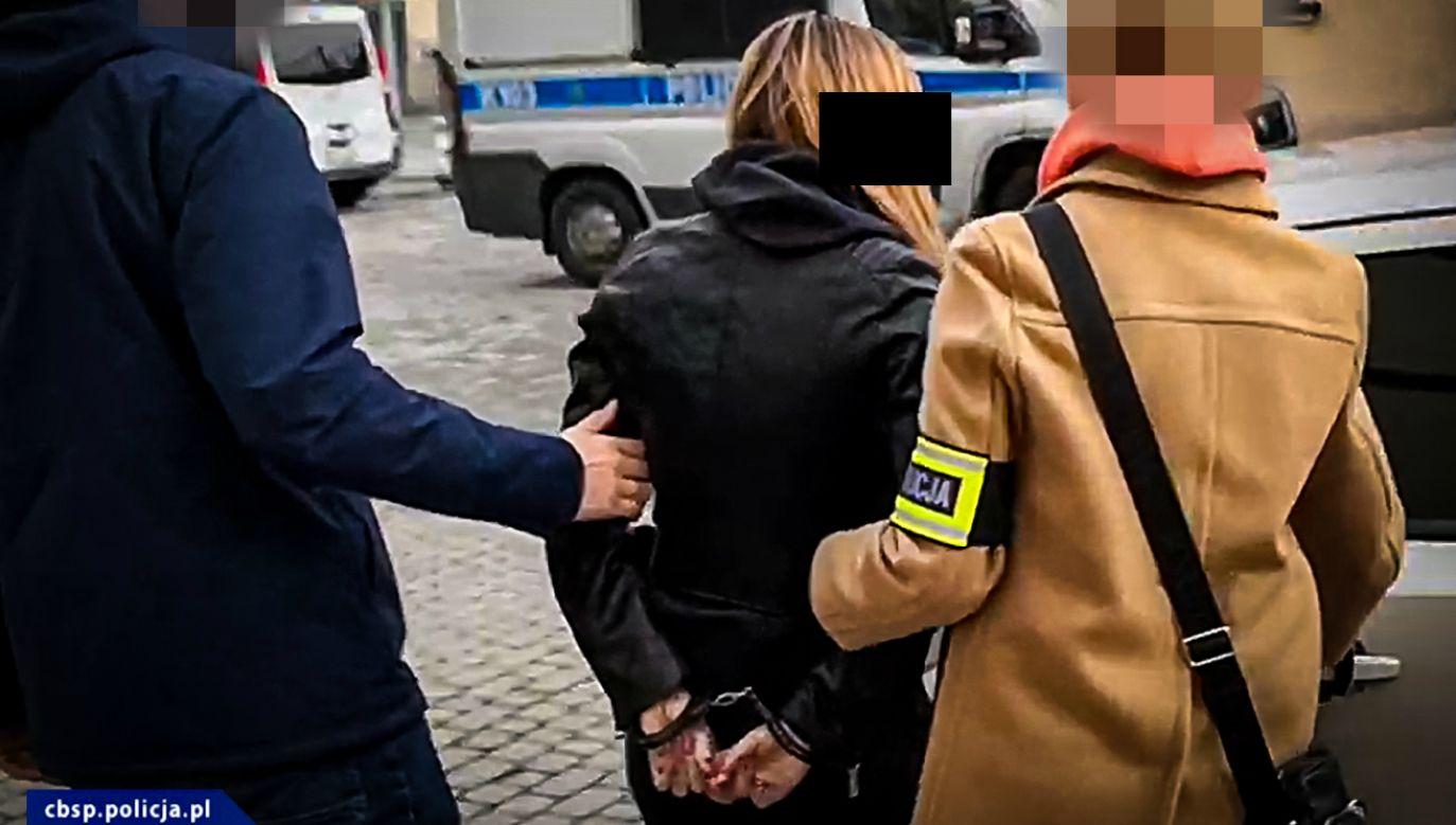 Jedna z podejrzanych w sprawie oszustw finansowych (fot. CBŚP)