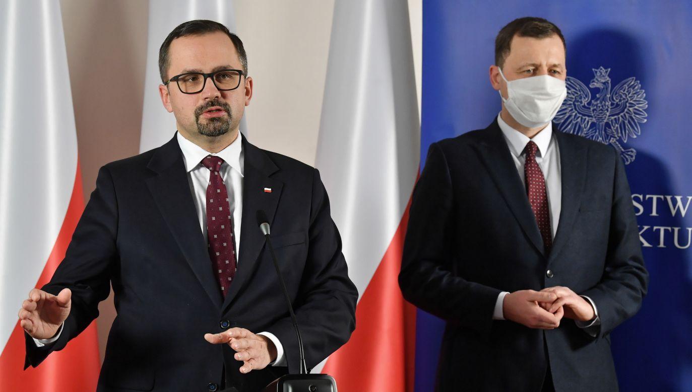 Marcin Horała i Mikołaj Wild (fot. arch. PAP/Radek Pietruszka)